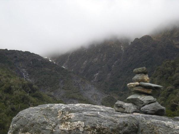 Ka hoki atu ahau ki a koe, Aotearoa; kei te aroha ahau ki a koe.  I'll come back, NZ. I do love you. :)